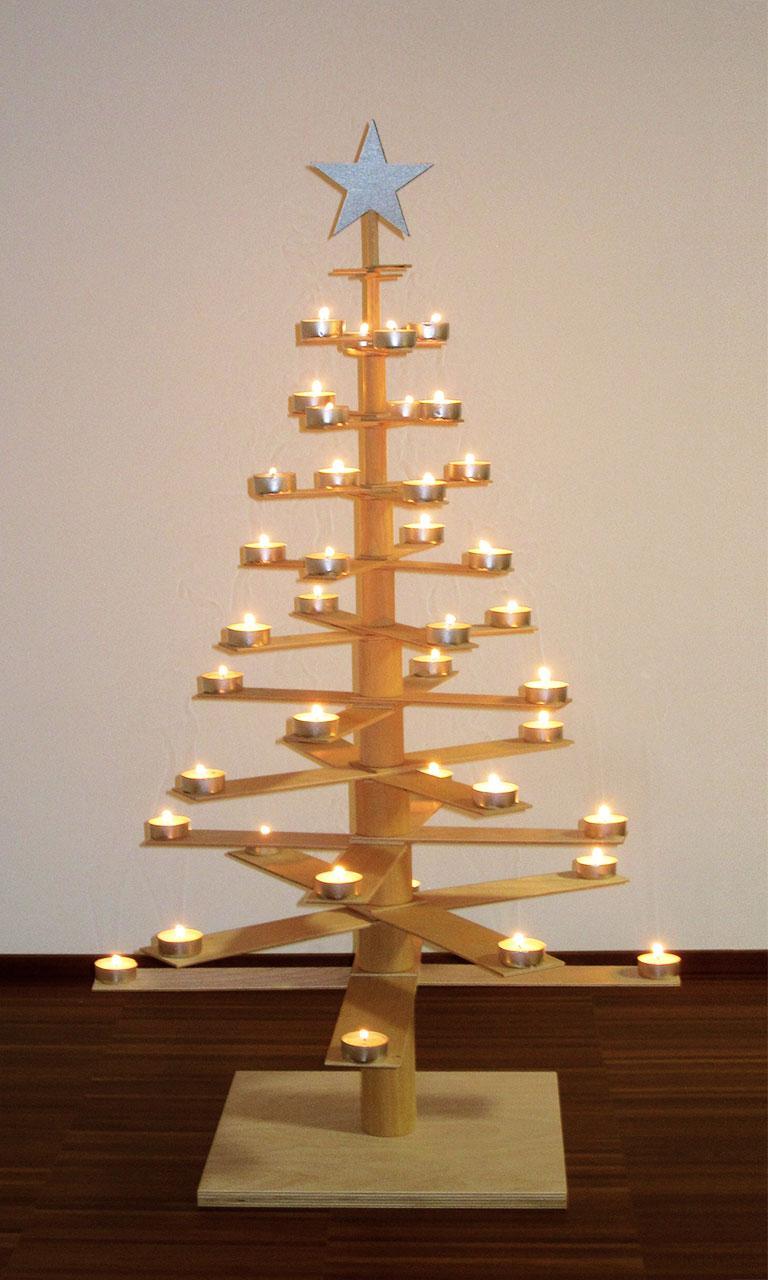 Alberi di natale in legno design minimalista cuore for Alberi di natale fai da te in legno