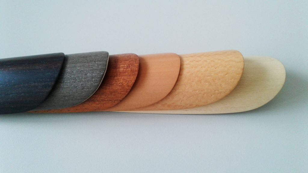 Wooden shoehorn fca-3
